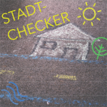 """Ein mit Kreide gezeichnetes Haus mit dem Schriftzug """"Stadtchecker"""""""