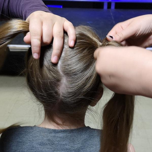 Maskenbildner – Frisur