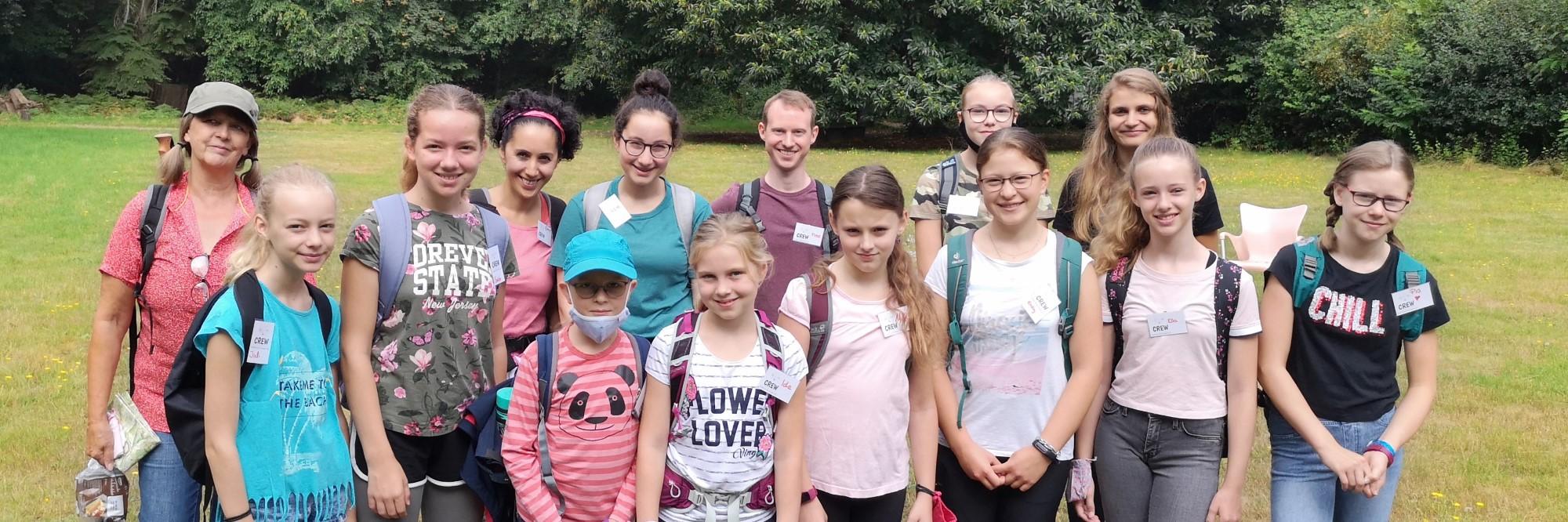 Gruppenfoto von Kinder-Wandergruppe